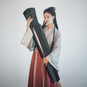 Guqin music hanfu costume
