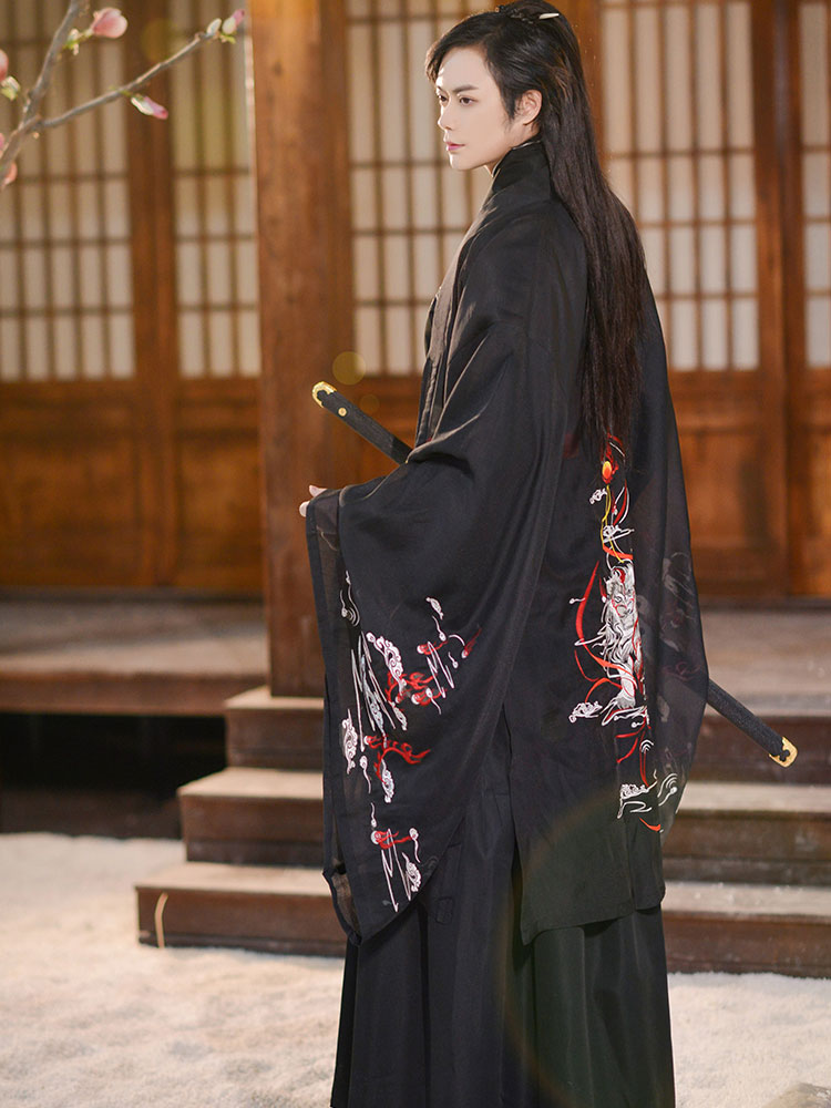 black swordman hanfu