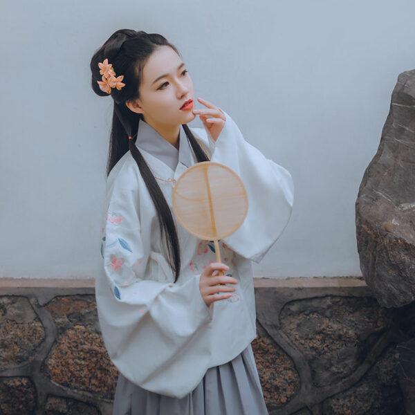 cleome flower hanfu