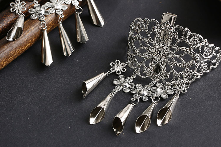 shop windbell hairclip hair jewelry