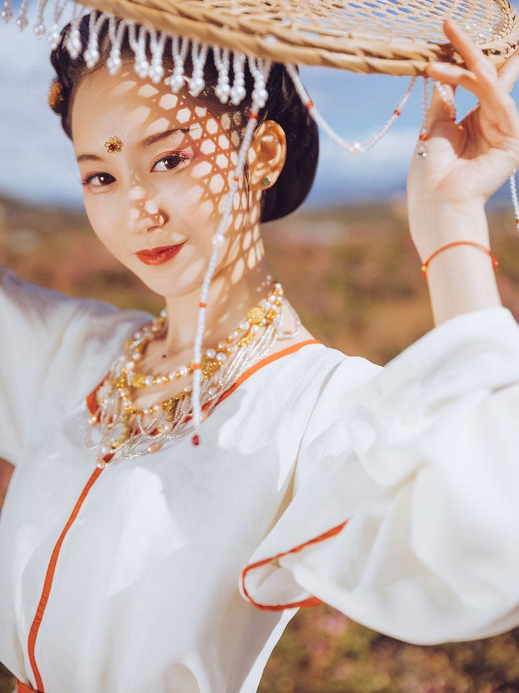 white lotus buy hanfu